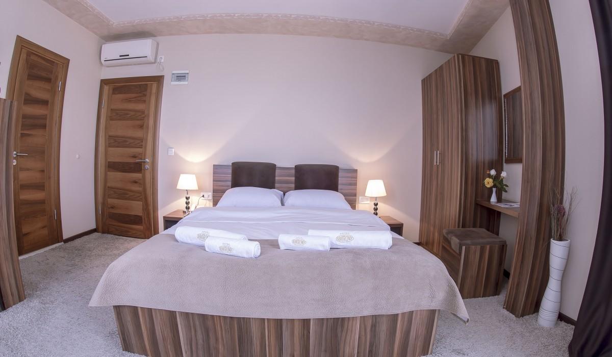 Double Room Semitronix Hotel Peja